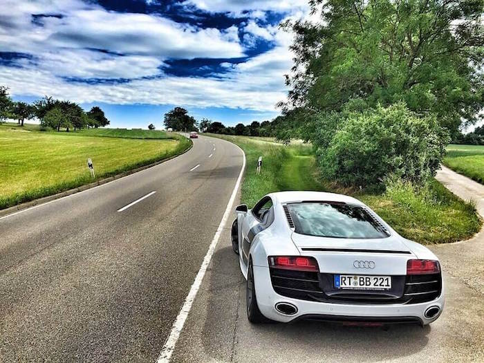 audi-sports-car-r8-marlene-large